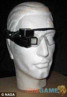 美国研制增强现实眼镜 可让飞行员看穿浓雾