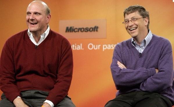 <b>微软绝境重生术:鲍尔默走人 盖茨回归</b>