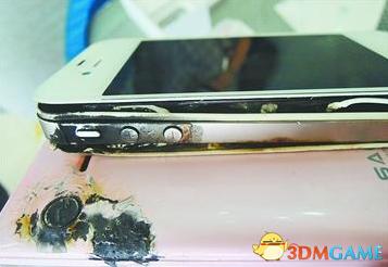 电池实在太高能 济南某用户iphone4S手机发生爆炸