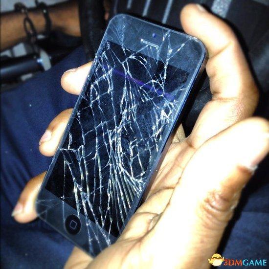 严控零部件流通致iPhone 5维修成本始终居高不下