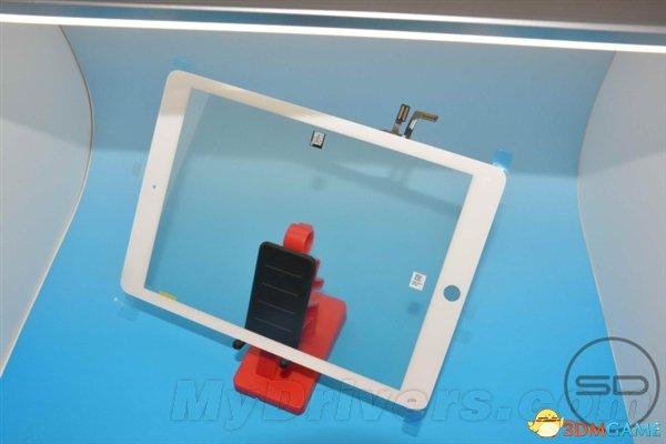 外媒再爆iPad 5真容:边框窄 放大版iPad mini