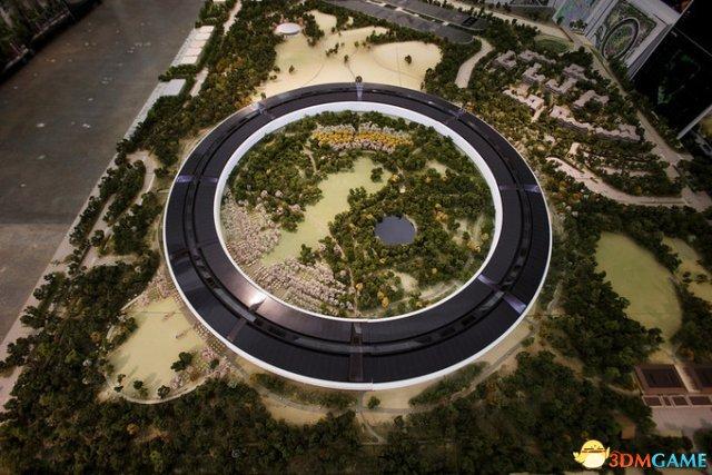 苹果飞船总部模型曝光 迎面而来满满的都是科技感