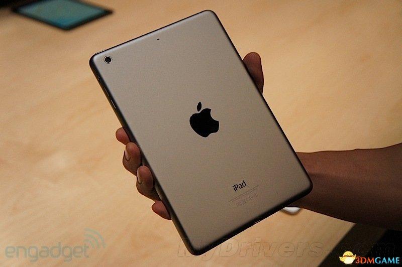 iPad mini 2上手:显示效果棒 让人有买的冲动