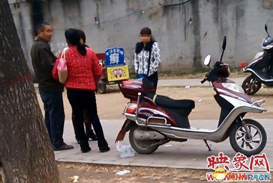 郑州小树林里暗藏混乱 失足妇女拉嫖一次50元