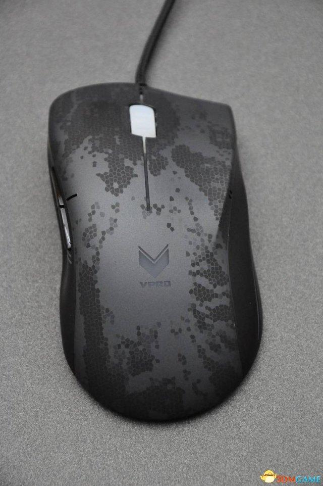 博鱼体育电竞-微操利器 魅惑外观 雷柏V200专业电竞游戏鼠标