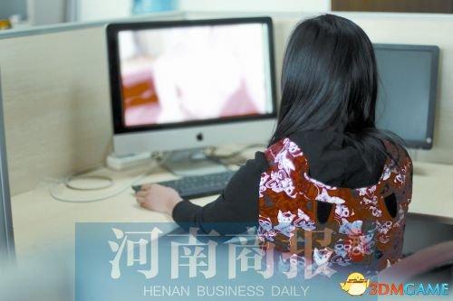 """90后美女鉴黄师:因""""节操""""丢失不敢谈工作内容"""