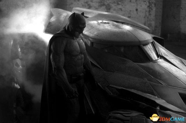 《蝙蝠侠大战超人》定妆照 蝙蝠侠面临中年危机