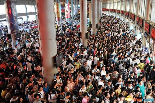 中国景区门票价全球领先 禁涨令实行7年难阻涨价
