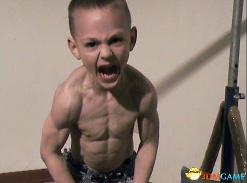 九岁肌肉猛男朱利亚诺资料曝光 魔鬼身材引质疑