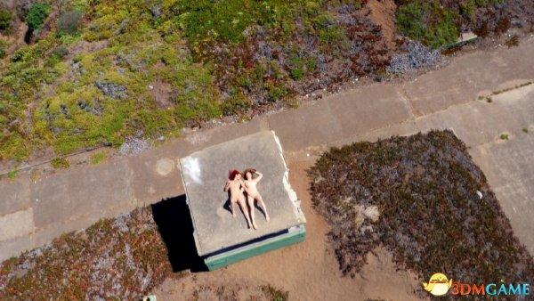 <b>A片也能拍得如此高大上 无人机拍摄大场景野战AV</b>