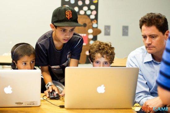电脑编程成美国中小学热门课 被看做基本生存技能