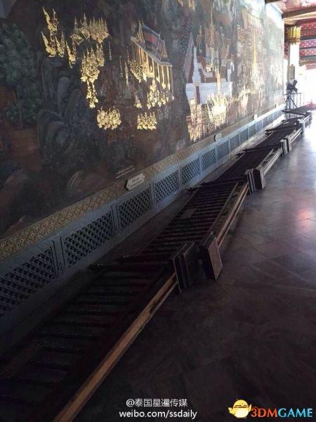 <b>中国游客又在国外丢人 弄倒曼谷大皇宫栅栏不认错</b>