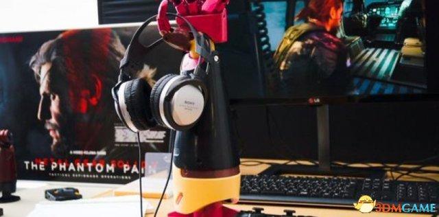 小岛展示《合金装备5:幻痛》新图 神秘机械臂出现