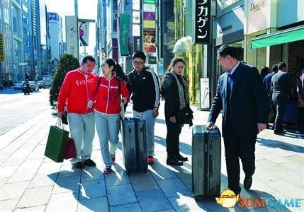 真土豪 中国男子花20万赴日本扫货用集装箱运回国