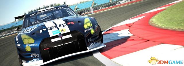 拟订故事剧情为一名游戏者通过赛车游戏逐渐成长为专门的学业赛车手的轶事,招牌游戏《GT赛车》整顿的电影版的相