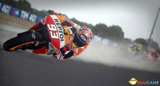 还增加了新的计时赛模式,本年度推出的MotoGP将