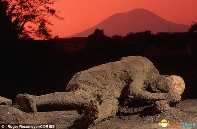 超级火山爆发毁灭人类?科学家称最高概率达10%