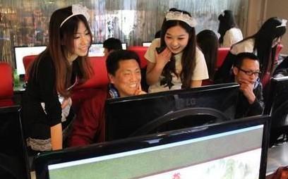 饥渴下的男性阴影!中国游戏陪玩女引来外媒非议