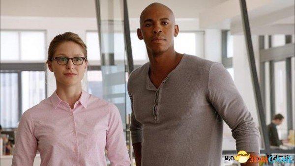 <b>《女超人》试播集惨遭泄露 高清片源在网上传疯了</b>