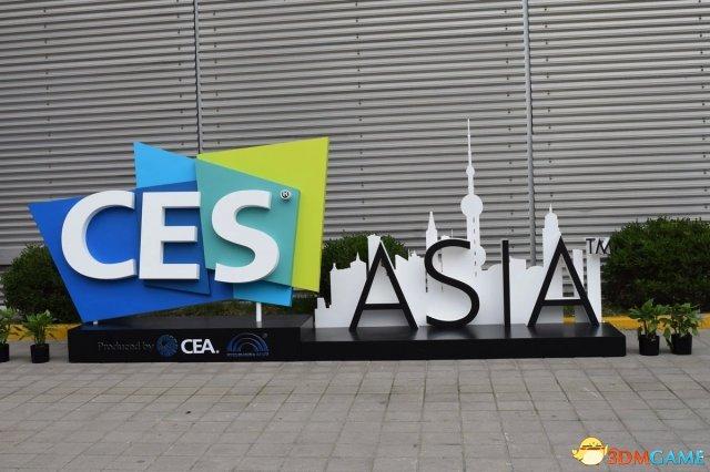 亚洲CES ShowGirl精选图赏:中外美女大秀事业线