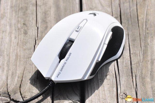 至简至美 雷柏V20游戏鼠标2015白色镜面版美图赏