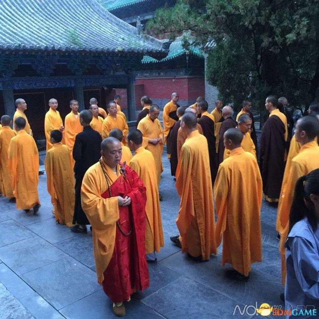 天津爆炸事件之后释永信诵经祈福 祈愿国泰民安