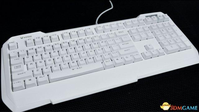 扎实厚重 白色版雷柏V700黑青茶轴机械键盘上市