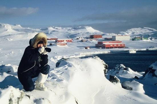 中国南极科考站25万年薪招后勤 报名电话被打爆了