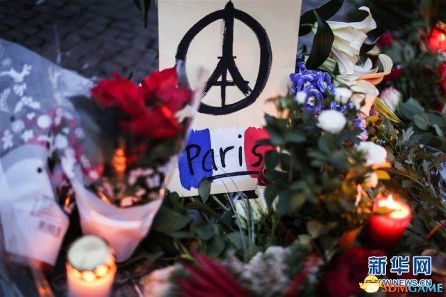 巴黎恐袭事件中男子冒死求枪手 救下50余人性命