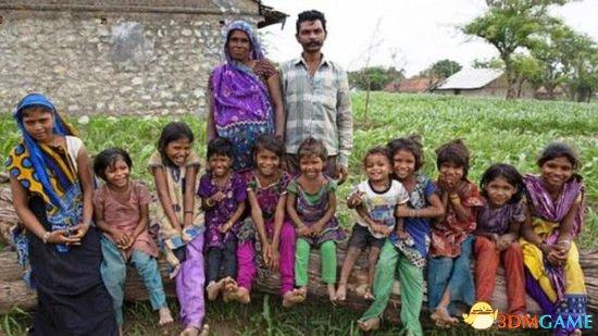 印度女子生15个女儿 丈夫:生不出儿子就找小老婆