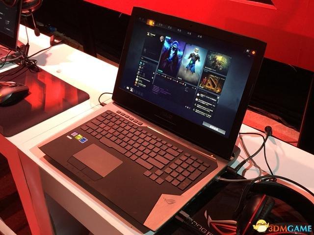 华硕发布GFX72游戏本 配i7+GTX980M售价超2万元