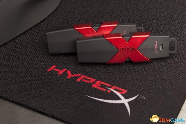 比固态硬盘还快的U盘 HyperX Savage USB闪存盘