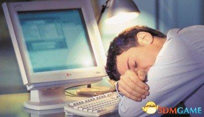 <b>天天熬夜会早死得癌症?医学专家表示只是诱因</b>