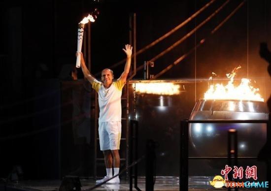 里约奥运会开幕式火爆逆袭 体育场变夜店性感十足