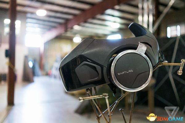 放心射击吧!这款防撞头VR虽然笨重但是保护一流