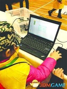 """编程教育低龄化!4岁孩子没认字就开始学""""编程"""""""