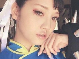 日本清纯美女水菜丽Cos春丽图 肌肤白嫩吹弹可破