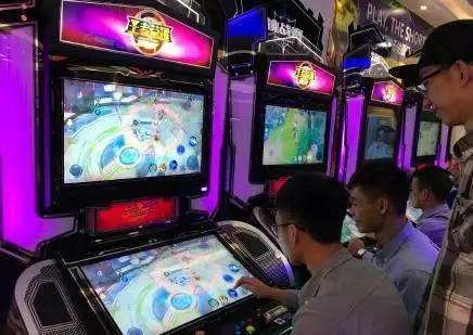 """网吧惊现 《王者荣耀》 """"特殊服务"""" 1小时15块玩吗?"""