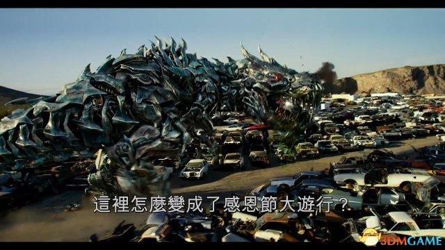 《变形金刚5》中文版火爆预告 大黄蜂怒秀飞头术