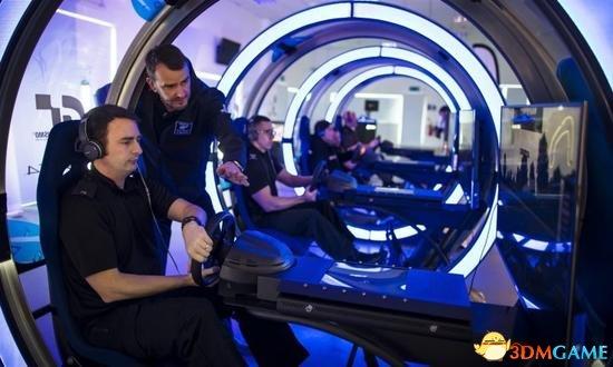 英国警察局用虚拟赛车游戏训练 驾驶技术明显提升