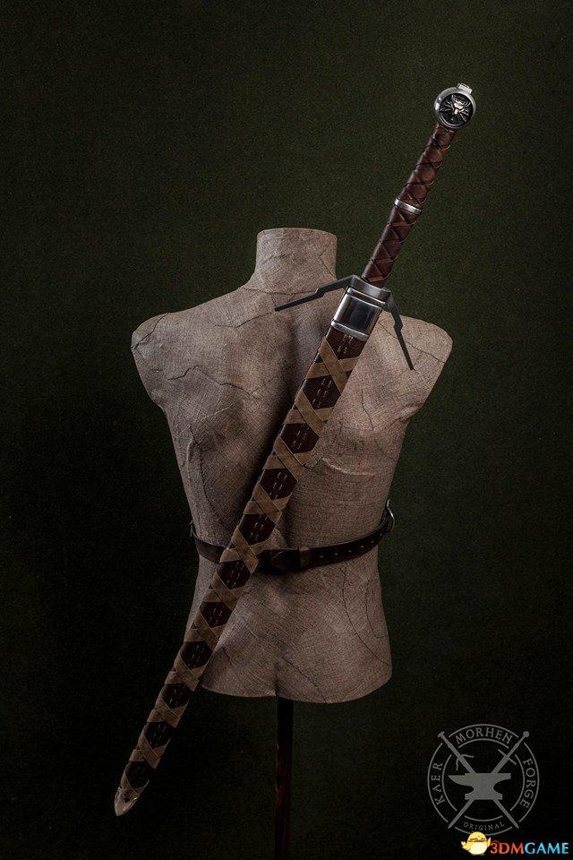 《巫师3》真实版银剑/钢剑欣赏 细节精美酷炫无比