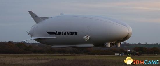 """""""飞天屁股""""这下子被摔烂了 世界最大飞行器坠机"""