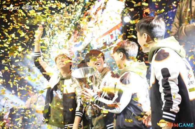 真亚洲天团 CSGO城市精英赛明星主播队EPHORSE夺冠!