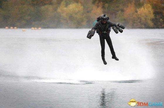 科幻渐成真 Gravity公司超酷单人飞行器最新进展
