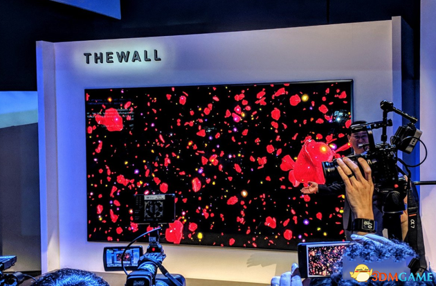 """三星顯現146英寸模塊化電視 它的名字叫做""""墻"""""""