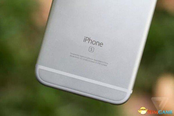 """后院起火!美国政府介入调查iPhone""""降频门"""""""