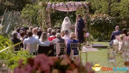 跟不认识的人结婚 这位新娘发出了杠铃般的笑声!