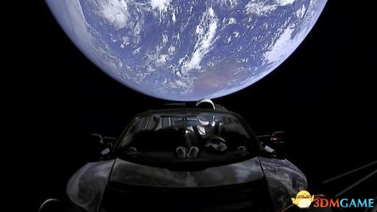 <b>俄航天局:SpaceX新火箭根本就是在宣传特斯拉</b>