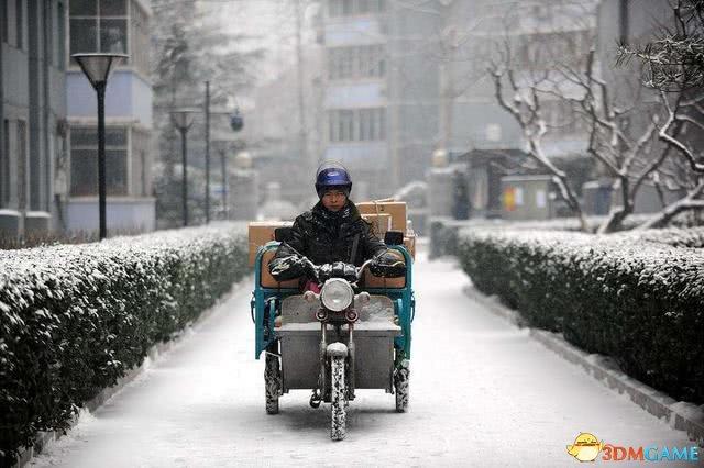 春节快递有多难?疯狂招人只要会骑三轮就能干