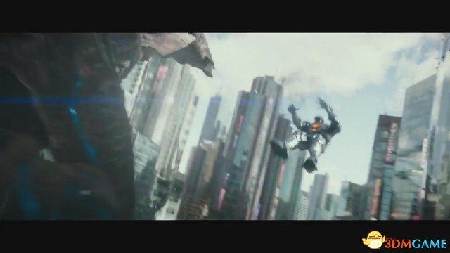 《环太平洋2》全新独家片段 贼鸥被怪兽一巴掌扇飞